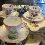 De fineste mokka/espresso-kopper fremstillet af Kongelig Porcelæn ca. 1892. Very fine demi- tasse cups made by Royal Copenhagen app. 1892