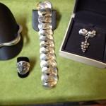 Fire eksempler på Georg Jensen sølv-smykker.