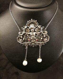Antikt halssmykke af sølv